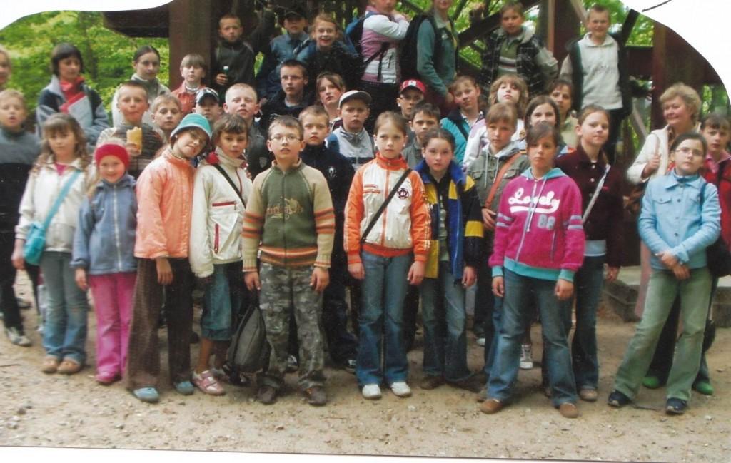 Wycieczka przed wejściem na najwyższy szczyt w Kaszubskim Parku Krajobrazowym – Wieżyca.
