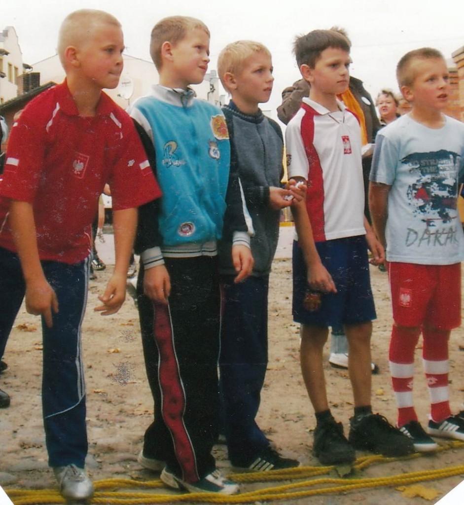 Uczestnicy Biegów wokół Ołtarza Papieskiego na linii startu.